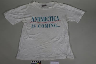 T-Shirt: Cream