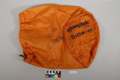 Sleeping bag holder