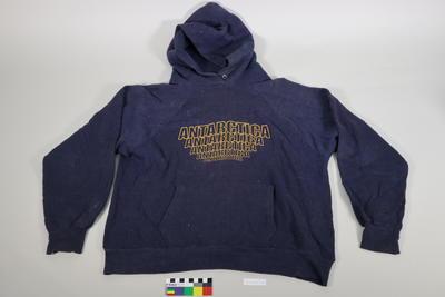 Sweatshirt: Navy