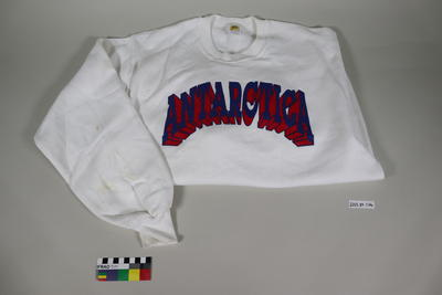 Sweatshirt: White