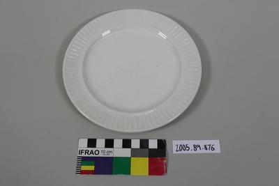 Side Plate: Ceramic