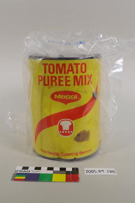 Tin of tomato puree mix