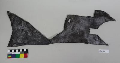 Fragment: Leather