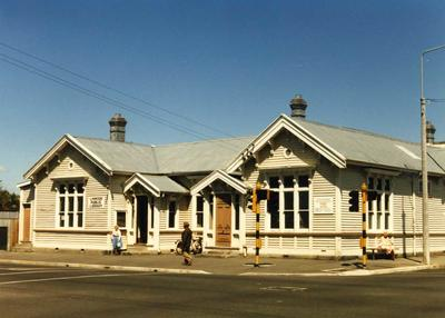 Colour Photograph: Linwood Public Library, 1985