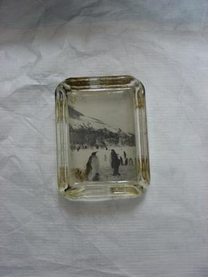 Ash Tray: Glass