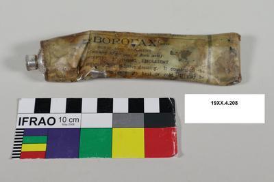 Tube: Borofax Ointment