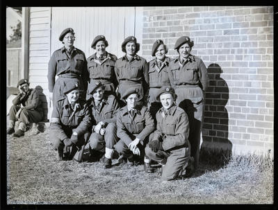 Film negative: Ten male and female soldiers