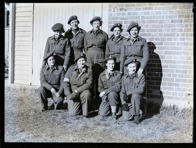 Film negative: Nine female soldiers