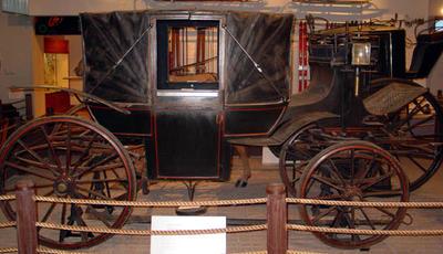Carriage: Landau