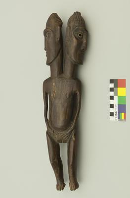 Carving: Moai Aringa