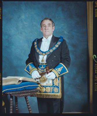 Negative: Mr Duncan, Provincial Grand Master
