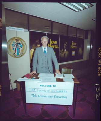 Negative: John Grocott, NZ Society of Accountants Convention 1985