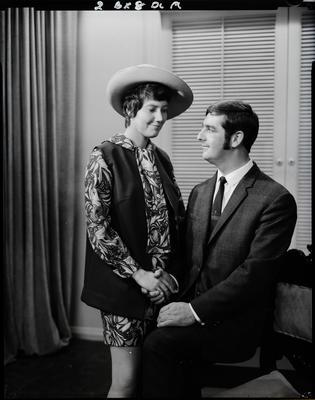 Film negative: Mrs P Richardson, couple
