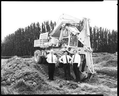 Film negative: International Harvester Company: Jumbo demonstration