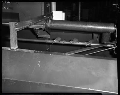 Film negative: International Harvester Company: 85 header screen modifications