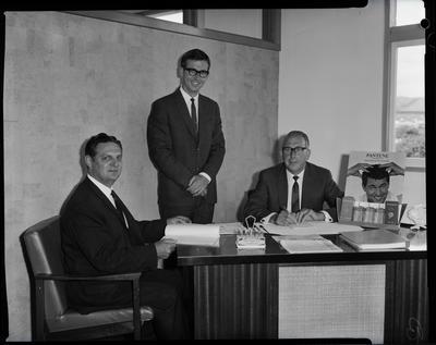 Film negative: Van Staveren Brothers, staff group