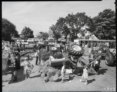Film negative: International Harvester Company: show stand