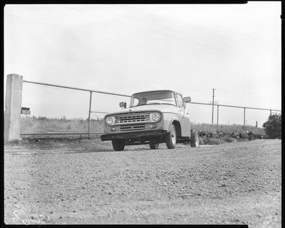 Film negative: International Harvester Company: C1300 4x4