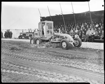 Film negative: International Harvester Company: county engineers, grader demonstrations, June 1972