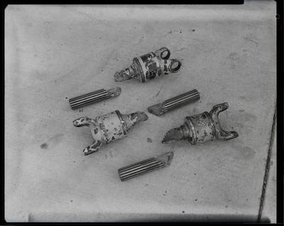 Film negative: International Harvester Company: damaged drive shaft