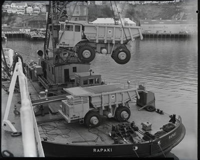 Film negative: International Harvester Company: payhauler truck