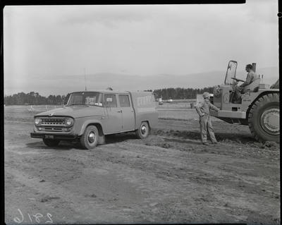 Film negative: International Harvester Company: Evans Earthmovers C1100 truck