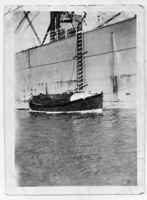 Film negative: Mr T A Turner, Sumner lifeboat
