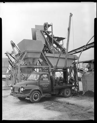 Film negative: A M Bisley and Company, drilling rig at Blake Brothers