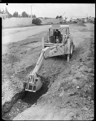 Film negative: International Harvester Company: tracgrip digger