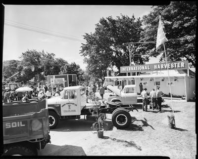 Film negative: International Harvester Company: pick-up truck