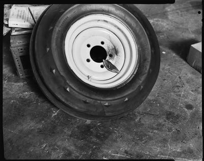 Film negative: International Harvester Company: damaged header parts
