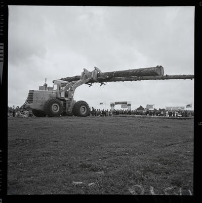 Film negative: International Harvester Company: Hough loader with large pole