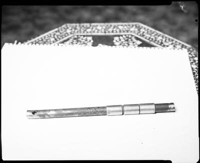 Film negative: International Harvester Company: damaged shaft
