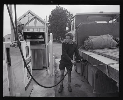 Negative: Shell Oil Truck Stop