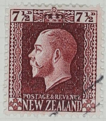 Stamp: New Zealand Seven and a Half Pence