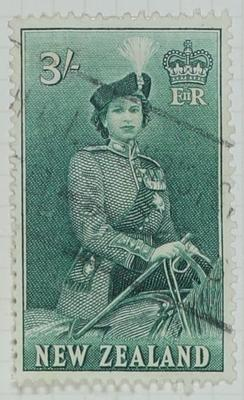 Stamp: New Zealand Three Shillings