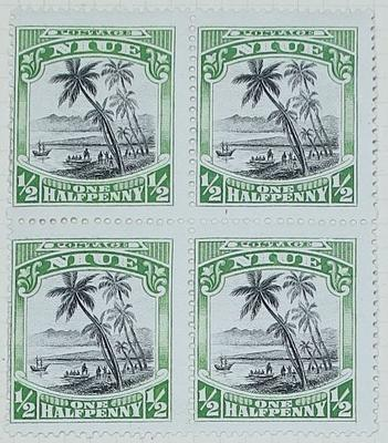 Stamps: Niuean Half Penny