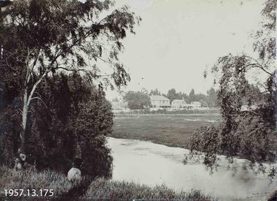 Photograph: Banks of Avon, Christchurch, 1871