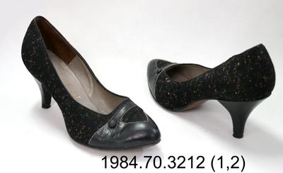 Shoes: Speckled Court