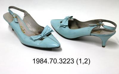 Shoes: Blue Sling Back Court