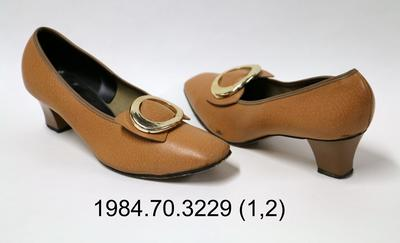 Shoes: Brown Court with Buckle