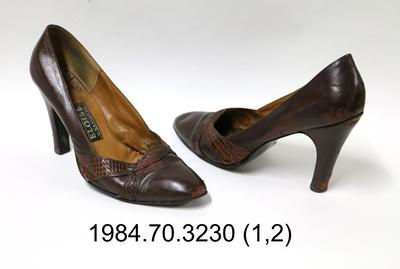 Shoes: Brown Court