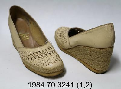 Shoes: Beige Wedges