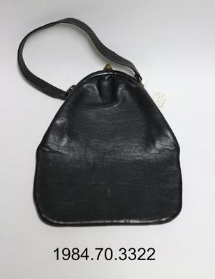 Purse: Black Leather