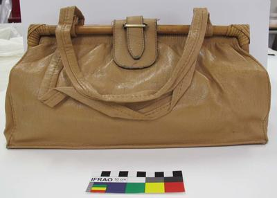 Purse: Light Brown Plastic