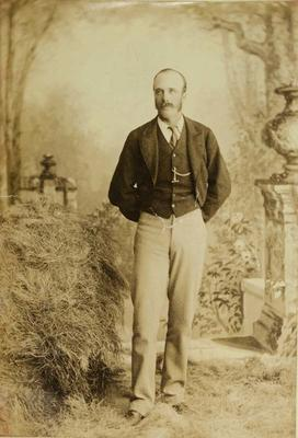 Photograph: Arthur Llewellyn Barker; 1886; 1957.13.436