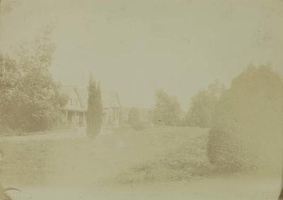 Photograph: House; 1958.81.237