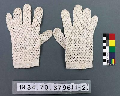 Gloves: White Crochet