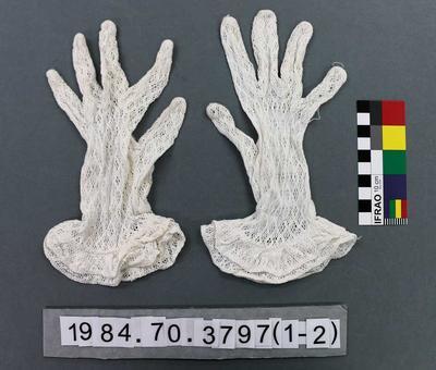 Gloves: White