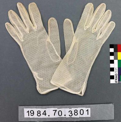 Gloves: Cream